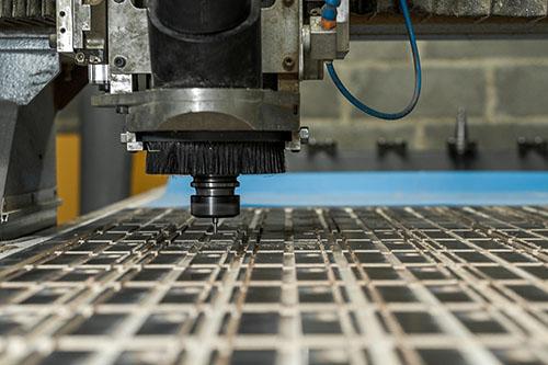 Usinage et découpe sur des CNC de grandes dimensions